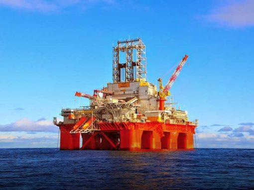 Evaluación de opciones de configuración conjunto Sistema de Compresión- Planta Flotante de  Gas Natural Licuado (LNG). Proyecto Plataforma Deltana.